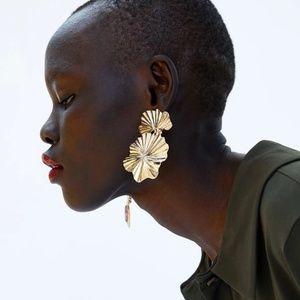 Golden Flower Dangle Drop Earrings